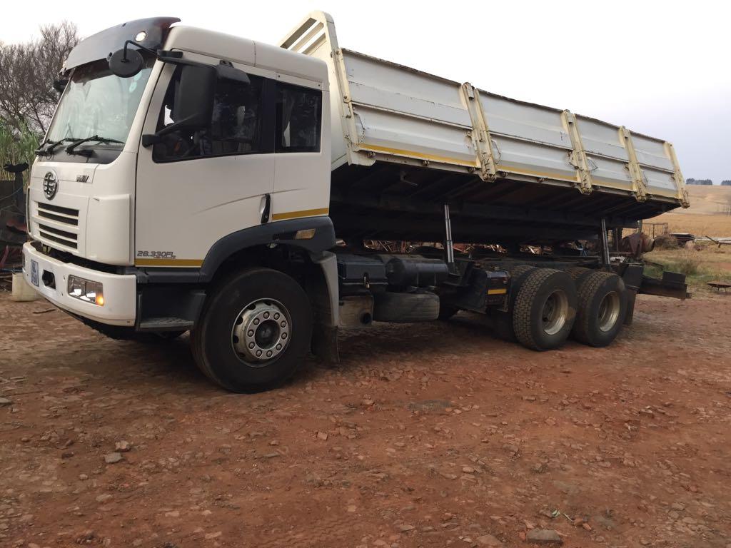 Side-Tipper-Truck